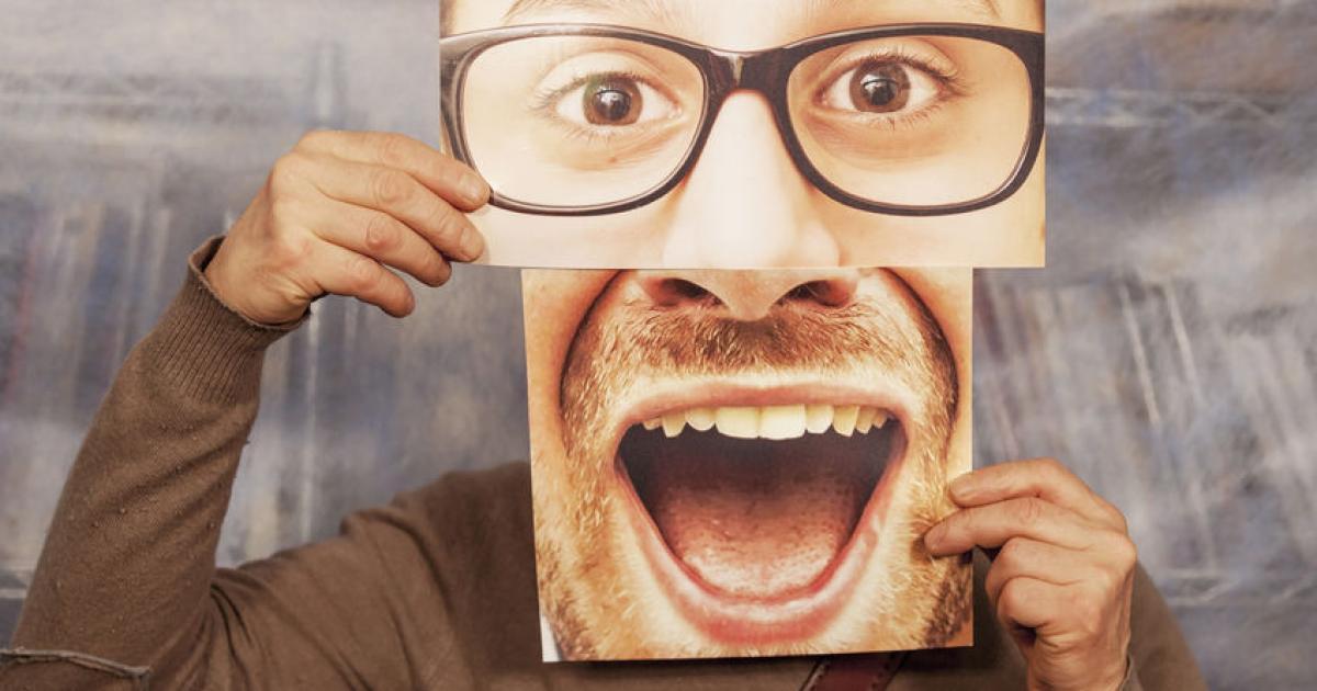 Småle, fnissa skratta - ny bok om skratt på arbetet